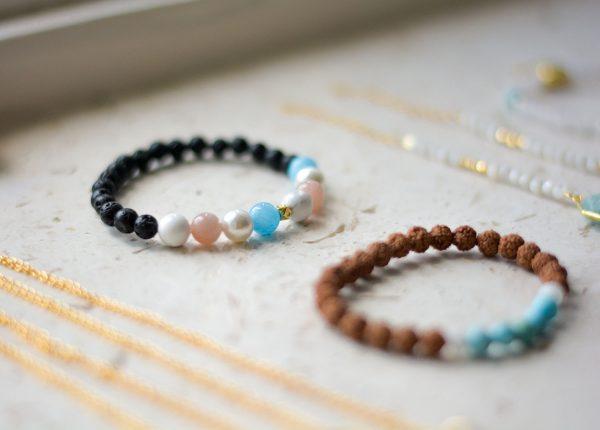 zasu-nakit-kristali-oniks-mala-amazonit-horn-necklace-tassel-lava-narukvice