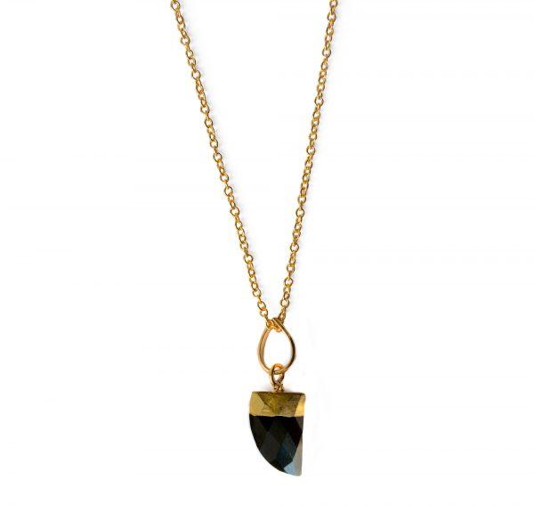 zasu-nakit-kristali-ogrlica-zlato-oniks